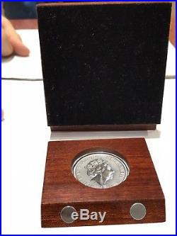 2017 2 Oz Pure 999.9 Silver U. K. £5 RED DRAGON Queen's beasts Antiqued Wood Box